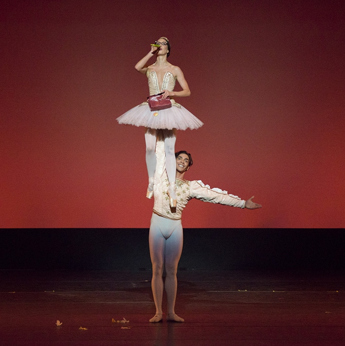 Grand Pas de Deux - Choreography by Christian Spuck Lauren Cuthbertson and Jason Reilly - Photo: Casey Herd