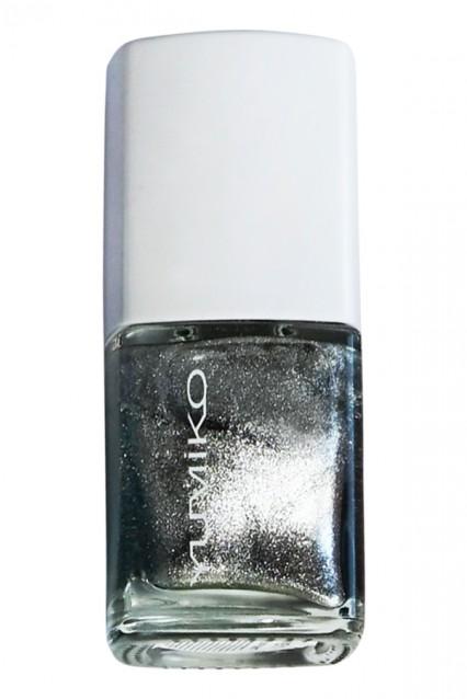 Nail Color: N-Silver