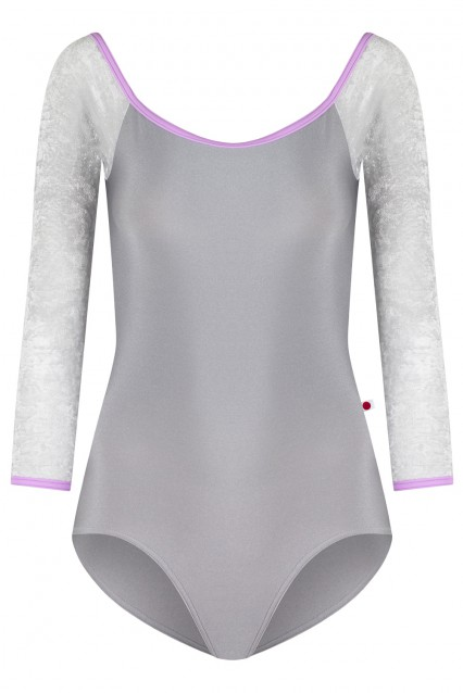 Wendy N-Sterling, V-Silver with T-Lilac trim