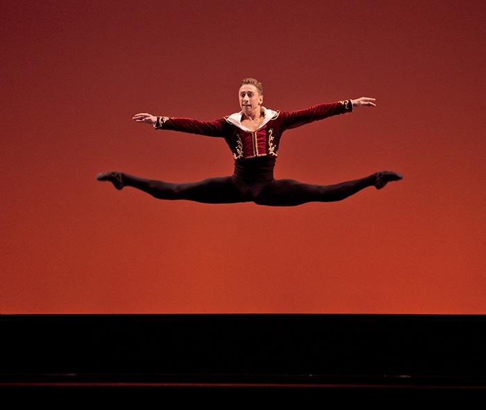 Don Quixote - Choreography by Marius Petipa Whitney Jensen and Denys Cherevychko - Photo: Alejandro Lopez