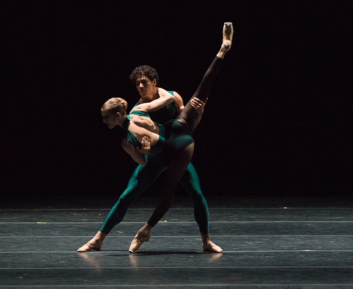In the Middle Somewhat Elevated - Choreography by William Forsythe Alicia Amatrianin and Isaac Hernández - Photo: Casey Herd